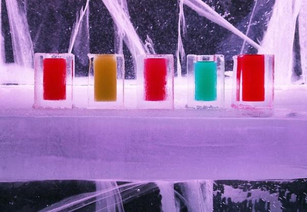 Icebar không chỉ độc đáo mà thức uống ở đây còn có màu sắc bắt mắt và hương vị độc đáo.