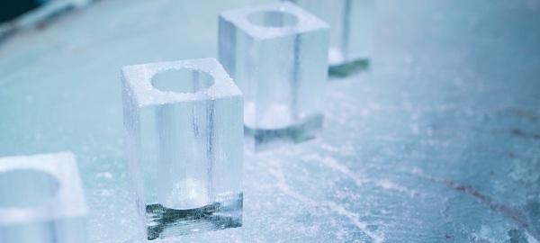 Icebar tạo cho khách có cảm giác như đang lạc vào bộ phim hoạt hình Frozen.