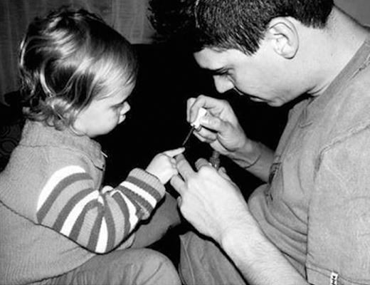 """""""Con mãi mãi là công chúa bé nhỏ của lòng cha"""""""