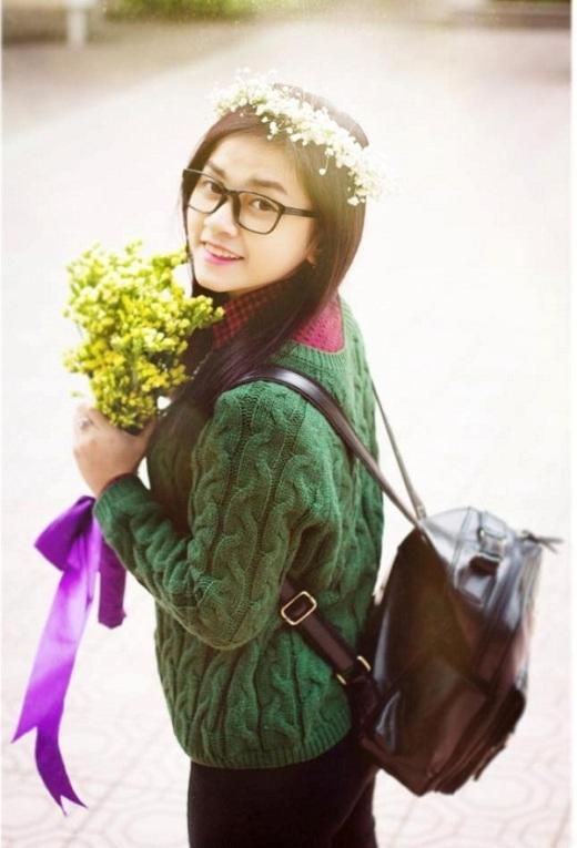 Nguyễn Hoàng Lan là sinh viên của lớp Quản lý Kinh tế, Học viện Báo chí và Tuyên truyền. Cô từng được mọi người quan tâm và chú ý đến sau khi giảm được 30kg trong vòng 2 tháng.