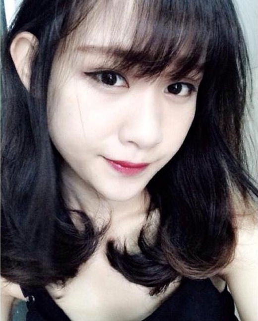 Lại Phương Thảo, sinh năm 1994,sở hữu gương mặt xinh xắn không thua kém gì những cô nàng hot girl hiện nay. Với gương mặt dễ thương, đáng yêu, Phương Thảo nhận được rất nhiều lời mời làm mẫu ảnh cho nhiều cửa hàng thời trang tại Hà Nội.