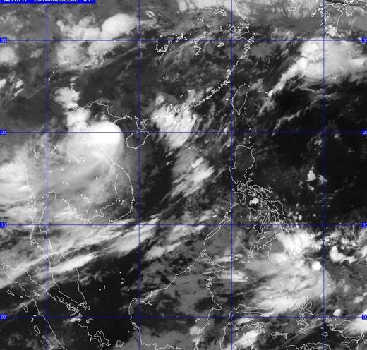 Hình ảnh cơn bão qua vệ tinh