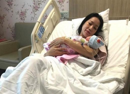 Kim Chi hạnh phúc khi đón chào thành viên thứ 4 của gia đình. - Tin sao Viet - Tin tuc sao Viet - Scandal sao Viet - Tin tuc cua Sao - Tin cua Sao