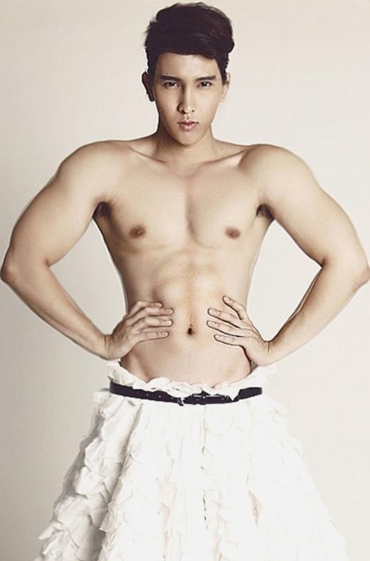 Tên thật của Chan Than San là Trần Thanh Sơn, anh sinh năm 1988, cao 1m83, sở hữu một thân hình và cơ bắp hoàn hảo. - Tin sao Viet - Tin tuc sao Viet - Scandal sao Viet - Tin tuc cua Sao - Tin cua Sao