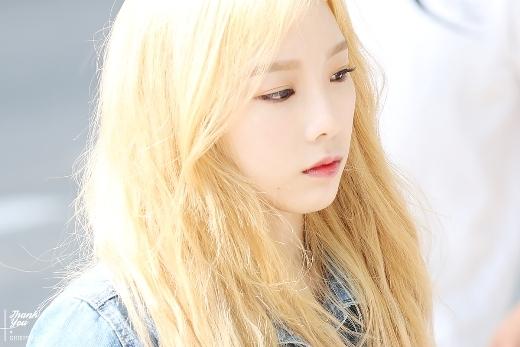 """Là chị cả của SNSD nhưng Taeyeon lại sở hữu gương mặt baby nhất nhóm. Năm nay đã 26 tuổi nhưng cô nàng vẫn nổi tiếng với biệt danh """"trưởng nhóm thiếu nhi"""" nhờ vẻ ngoài trẻ trung của mình."""