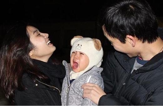 Cô nàng Hồng Mỹđanh đá ngày nào đang rất hạnh phúc bên gia đình nhỏ của mình. - Tin sao Viet - Tin tuc sao Viet - Scandal sao Viet - Tin tuc cua Sao - Tin cua Sao