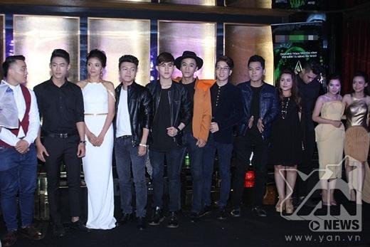 Top 12 thí sinh xuất sắc của chương trình Ngôi sao phương Nam.Chương trinh sẽ được phát sóng vào lúc 21g thứ Sáu hàng tuần trên kênh THVL1, bắt đầu từ 19/6 - Tin sao Viet - Tin tuc sao Viet - Scandal sao Viet - Tin tuc cua Sao - Tin cua Sao