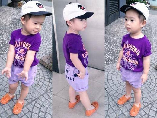 Cậu bé thường xuyên được bố mẹ chia sẻ hình ảnh đời thường trên fanpage và luôn thu hút hàng trăm ngàn lượt like từ người hâm mộ. - Tin sao Viet - Tin tuc sao Viet - Scandal sao Viet - Tin tuc cua Sao - Tin cua Sao