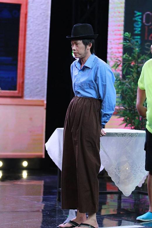 Phong cách thời trang 'độc lạ' của nghệ sĩ Hoài Linh - Tin sao Viet - Tin tuc sao Viet - Scandal sao Viet - Tin tuc cua Sao - Tin cua Sao