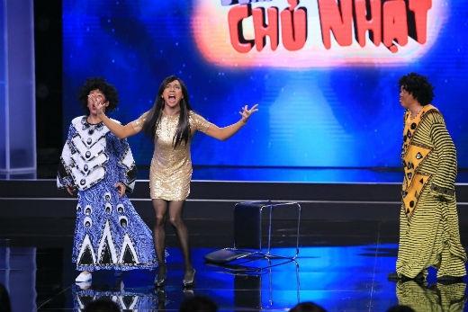 """3 nam danh hài đã đồng loạt """"nhuộm da nâu"""" để cover bài hát cùng tên gắn liền với tên tuổi của Phi Thanh Vân."""