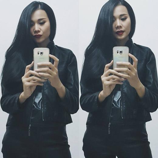 Thời gian gần đây, nhiều người đã khá quen với hình ảnh nữ tính của Thanh Hằng nhưng hiện tại siêu mẫu này đã quay lại với hình ảnh mạnh mẽ và có phần giống 1 gangster hơn trước rất nhiều.