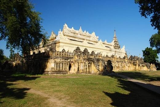 Chùa Rắn là một trong số những ngôi chùa đẹp của Myanmar