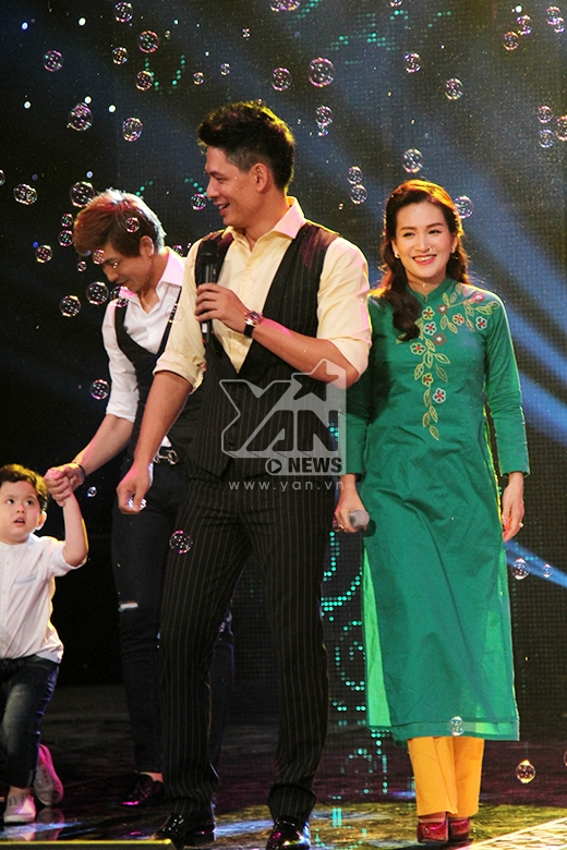 Gia đình Bình Minh - Anh Thơ và 2 con gái - Tin sao Viet - Tin tuc sao Viet - Scandal sao Viet - Tin tuc cua Sao - Tin cua Sao
