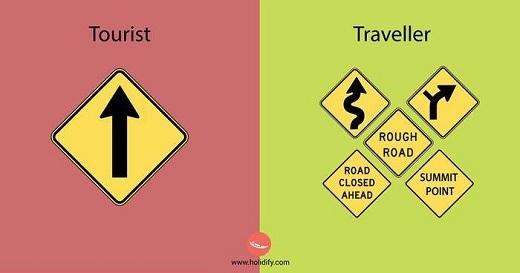 Khách du lịch thích đường thẳng, phượt thủ thích đường vòng, đường nguy hiểm.