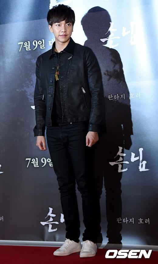 'Chàng rể quốc dân' Lee Seung Gi bảnh trai trong sự kiện.