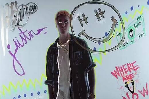 Những hình ảnh trong MV ấn tượng của nam ca sĩ.