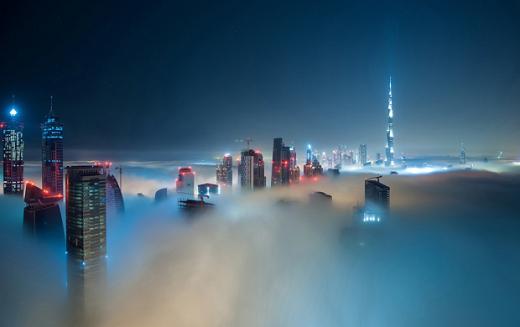 Những tòa nhà cao chọc trời không còn là một điều lạ lẫm ở Dubai.