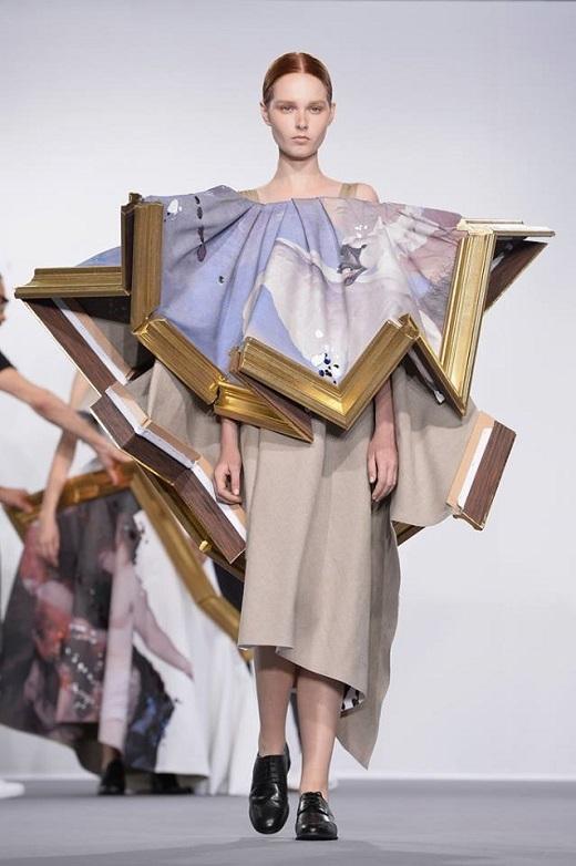 Rất nhiều người sẽ phải 'đứng hình' trước bộ sưu tập thời trang cực 'chất' của hai nhà thiết kế này.