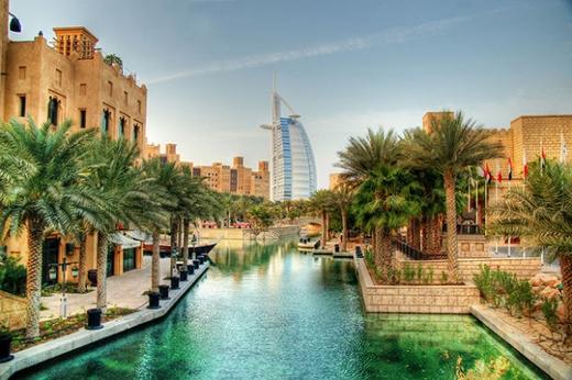 Ở góc độ này, Dubai tráng lệ như một tiểu vương quốc.