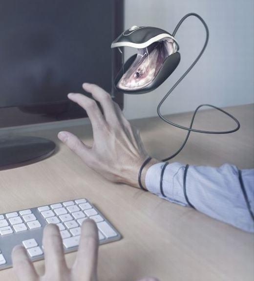 Chuột máy tính hay là rắn đây?