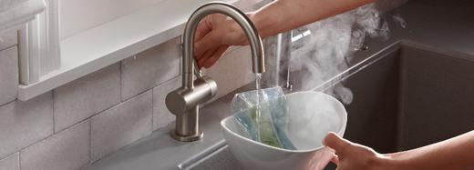 Vòi nước nóng có trong nhà bếp khiến 43 người chết mỗi năm.