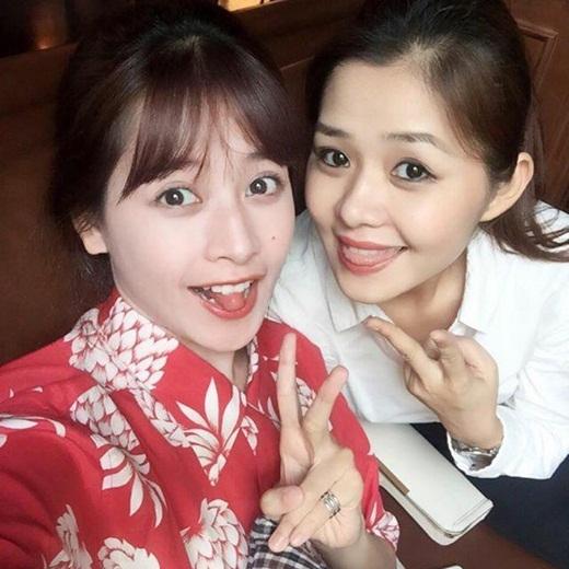 Dù cách nhau tới tận 11 tuổi nhưng chị gái Chi Pu sở hữu nhan sắc trẻ đẹp không hề kém cạnh cô em nổi tiếng. - Tin sao Viet - Tin tuc sao Viet - Scandal sao Viet - Tin tuc cua Sao - Tin cua Sao