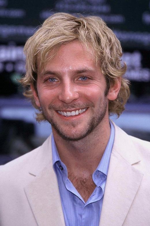 Bradley Cooper năm 2001
