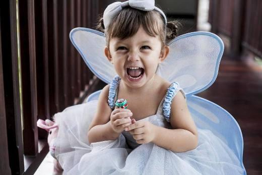 'Công chúa' Tép lúc nào cũng vui vẻ, nghịch ngợm.