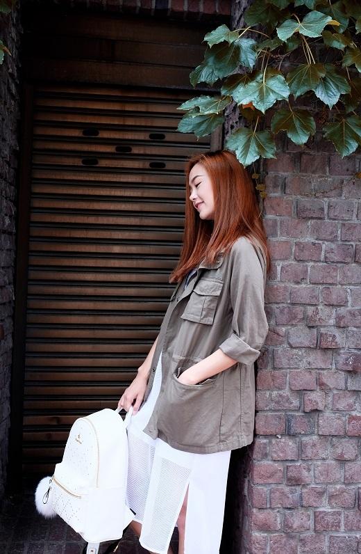 Minh Hằngngày càng được yêu thích nhiều hơn bởi gu thời trang trẻ trung, hiện đại.