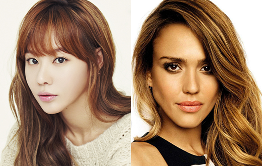 Kim Ah Joong và Jessica Alba cũng được cho rằng là giống nhau dù sự giống nhau duy nhất giữa họ là... cùng sở hữu mái tóc dài.