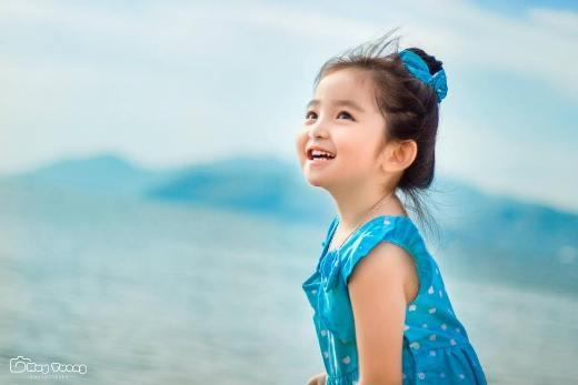 Nụ cười của Susu lúc nào cũng khiến người khác phải ngơ ngẩn ngắm nhìn.