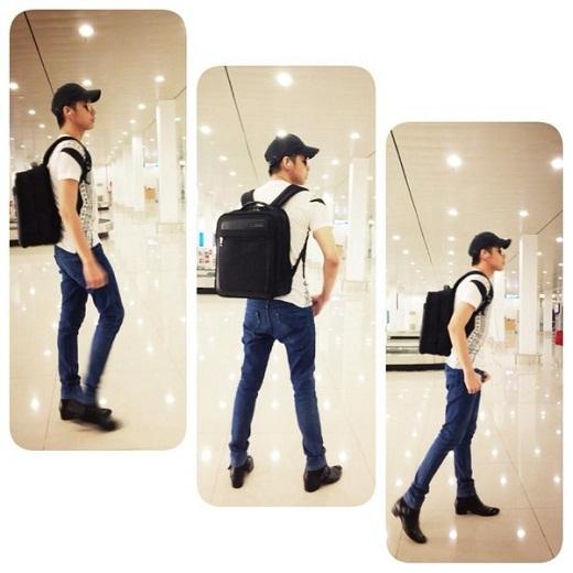 Thêm một công thức phối trang phục ấn tượng khác của Noo đó là giữa áo thun và quần jeans denim cá tính. Anh chàng khéo léo chọn đôi bốt nhằm tăng thêm vẻ sành điệu.