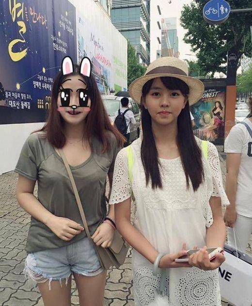 Một số hình ảnh mới nhất của Kim So Hyun tham gia sự kiện tại Kangnam
