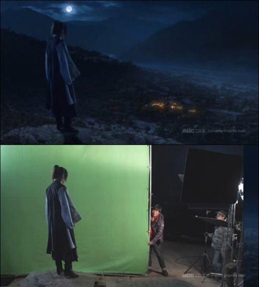 Vị đại hiệp đứng trên một cao nguyên, nhìn về phía làng quê của mình. Nhưng thực chất, anh ta đang nhìn về hướng... phông nền màu xanh.