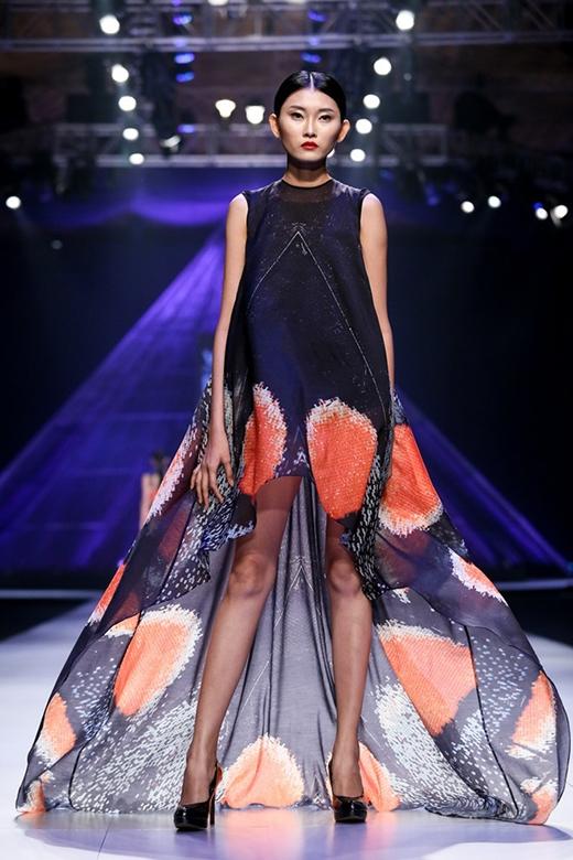 Những kiểu dáng có thể được kể đến như: váy chữ A, váy quây suông, váy đám mây (phần tùng váy xòe rộng dún bèo), váy mullet chữ A…