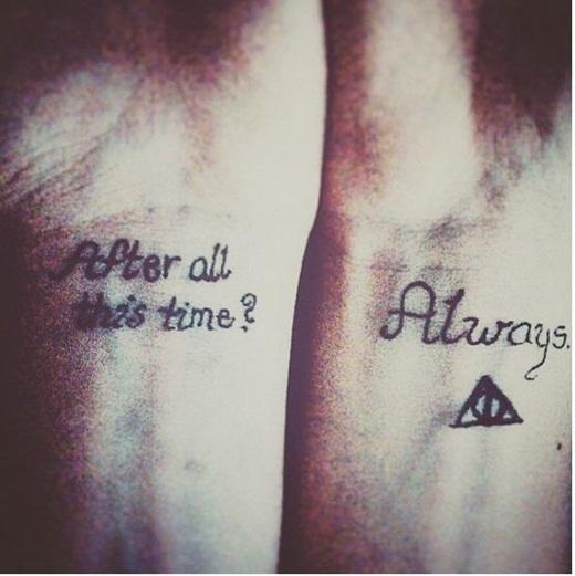 Hay câu trả lời của thầy Snape:'Lúc nào cũng vậy', dành cho mẹ của Harry Potter khi giáo sư Dumbledore hỏi 'Sau ngần ấy thời gian?'