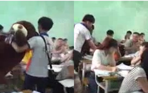 Tiến vào lớp học đến bên bàn của bạn gái để tỏ tình.
