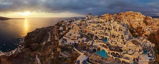 Lối kiến trúc kì lạ ở đảo Santorini từng mê hoặc biết bao khách du lịch trên toàn thế giới...