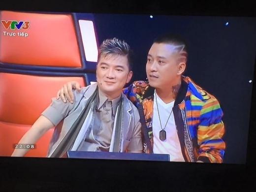 Hai anh em cùng ngồi ghế nóng tại The Voice 2015. - Tin sao Viet - Tin tuc sao Viet - Scandal sao Viet - Tin tuc cua Sao - Tin cua Sao
