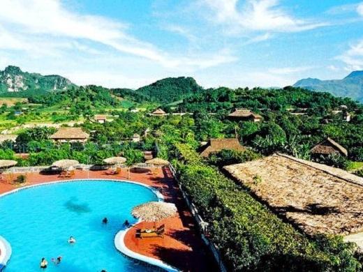 Khu nghỉ dưỡng hiện đại tại suối nước nóng.