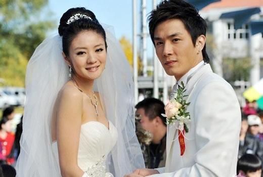 An Dĩ Hiên và Lee Seung Hyun trong phim.