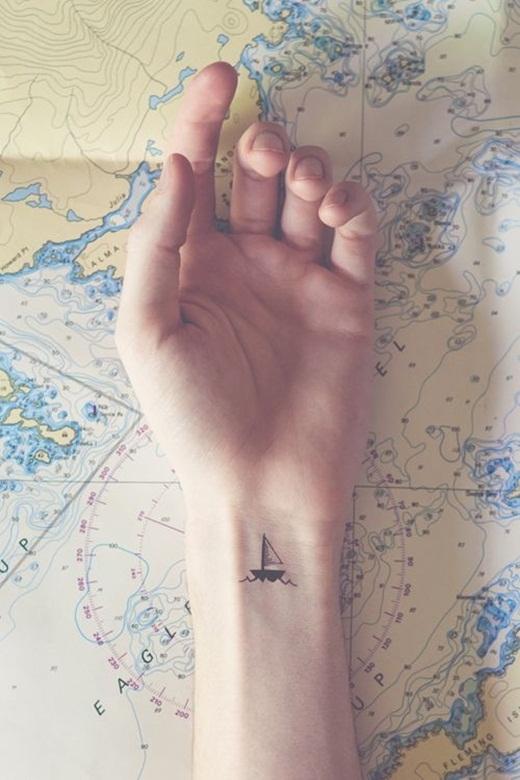 Chiếc thuyền nhỏ chở ước mơ.