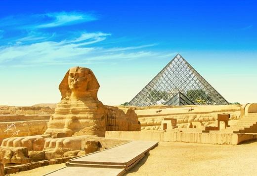 Bảo tàng nổi tiếng Louvre hoàn toàn 'xứng đôi vừa lứa' với tượng Nhân Sưbởi nó chẳng khác gìKim Tự Tháp.
