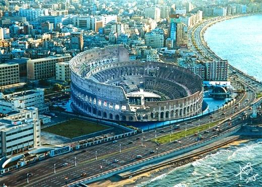 Đấu trường La Mã hiền hòa giữa lòng thành phố Alexandria trù phú.