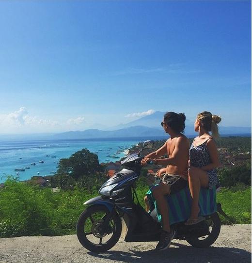 Vi vu trên xe máy