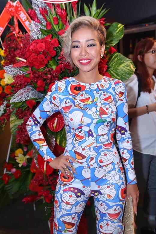 Thảo Trang tiếp tục góp mặt trong danh sách này với bộ jumpsuit họa tiết Doreamon từng khiến cô nhận nhiều lời chê bai trên sân khấu Tuyệt đỉnh tranh tài.