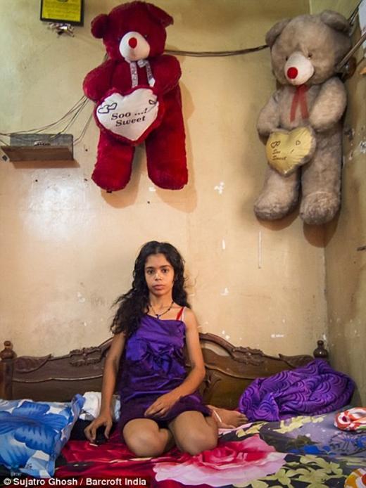 Căn phòng nhỏ của cô Baisakhi, 23 tuổi.