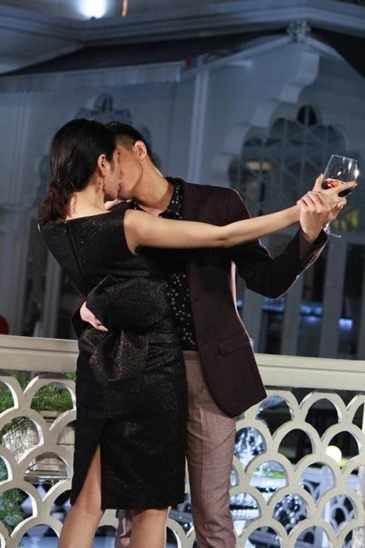 Nụ hôn nóng bỏng của Noo Phước Thịnh và Thủy Tiên trong phim. - Tin sao Viet - Tin tuc sao Viet - Scandal sao Viet - Tin tuc cua Sao - Tin cua Sao