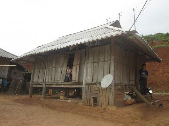 Căn nhà nhỏ của hai vợ chồng chị Tẩm. Ảnh: CL