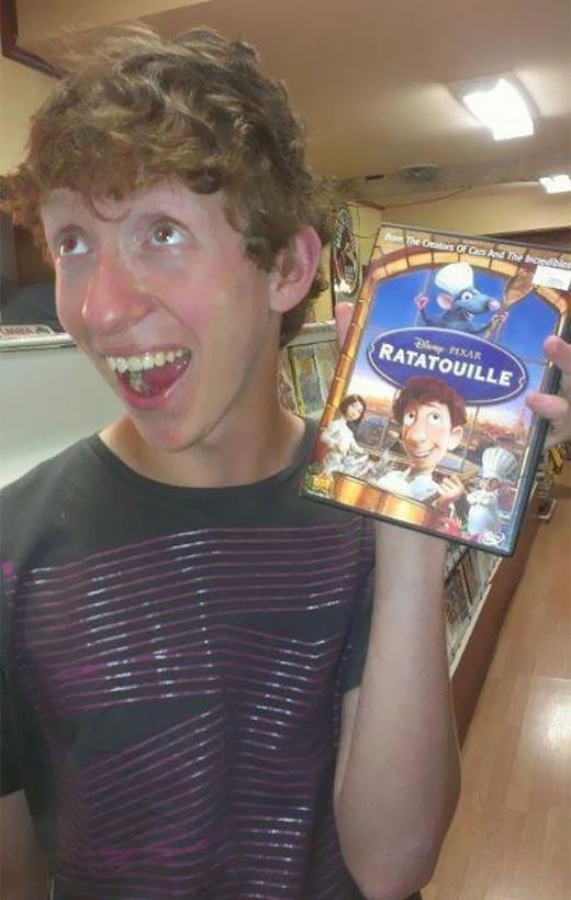 Chắc hẳn anh chàng này từng nhiều lần nghe người khác nói rằng mình trông giống hệt Ratatouille Linguini.